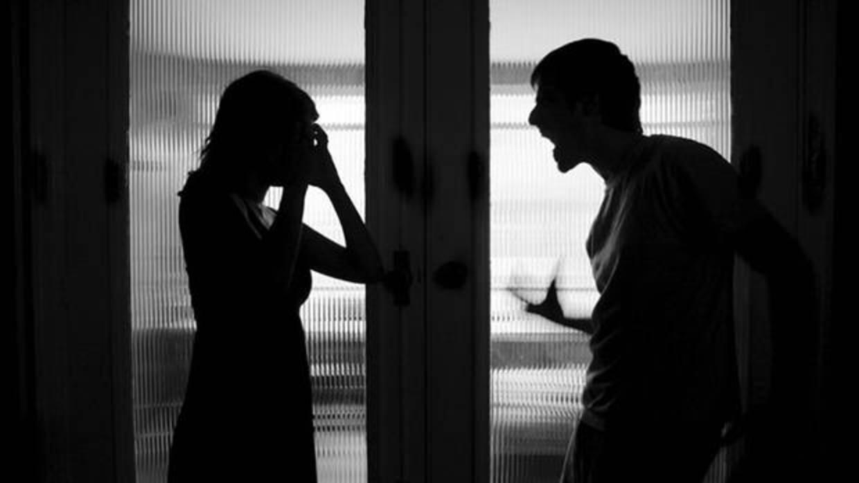 Detenida una pareja de novios tras una pelea con sangre