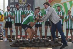 Las mejores imágenes de la 50ª edición de la regata Sevilla-Betis
