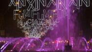 Las calles de España se iluminan para recibir la Navidad, en imágenes