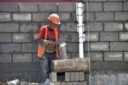 La laboriosa reconstrucción de Pedernales un mes después del terremoto