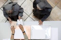 La jornada electoral de Valencia, en imágenes
