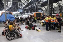Las imágenes del choque del tren de Rodalies en la estación de Francia de Barcelona
