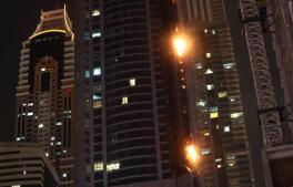 Las imágenes del incendio de la torre «La Antorcha» de Dubái