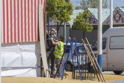 Las imágenes de los preparativos para la Feria de Abril de Sevilla 2017