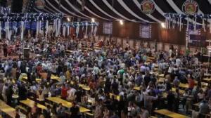 Ruth Beitia y Marcus Cooper inauguran el Paulaner Oktoberfest de Madrid