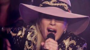 Sale a la venta Joanne, el nuevo disco de Gaga