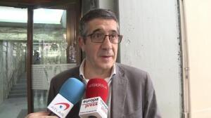 """López apuesta por la """"abstención técnica"""" a Rajoy"""