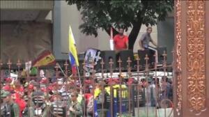 El Parlamento venezolano aprueba un juicio político para destituir a Nicolás Maduro