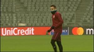 El Atleti toma contacto con el césped del Allianz Arena