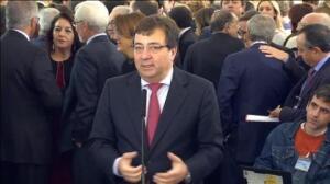 """Fernández Vara: """"Hay que abordar una reforma de la Constitución sin prisa pero sin pausa"""""""