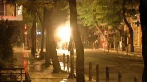 Fuertes enfrentamientos entre policías y manifestantes en Atenas
