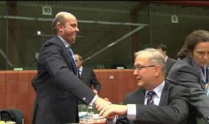 De Guindos explica en Bruselas el déficit del 5,8%