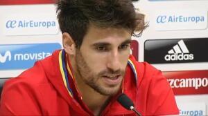 Lopetegui complace a los jugadores: la selección no pasará la noche en Gijón