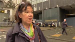 La zona del Parlamento británico continúa blindada un día después del atentado