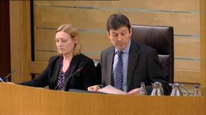 El Parlamento escocés aprueba negociar un nuevo referéndum de independencia
