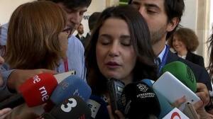 """Arrimadas acusa a Podemos de ser """"el salvavidas, el oxígeno y la muleta"""" del secesionismo en Cataluña"""