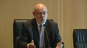 Moix dimite pese a que el Fiscal general quería mantenerlo en el cargo