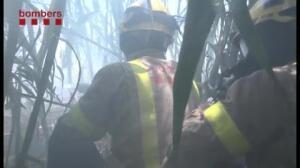 Los bomberos luchan contra un nuevo incendio en Sabadell