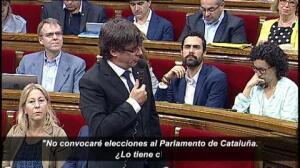 Puigdemont denuncia que la Fiscalía actúa contra el 'procés' al servicio de algunos grupos políticos