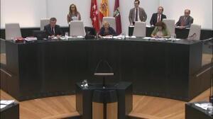 El PSOE se suma a PP y Ciudadanos y reprueba en el Ayuntamiento de Madrid a dos concejales de Ahora Madrid