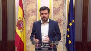 Garzón busca apoyo en PSOE para derogar leyes del PP