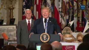 Dimite Sean Spicer, el portavoz de la Casa Blanca
