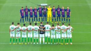 Emotivo minuto de silencio en el Camp Nou