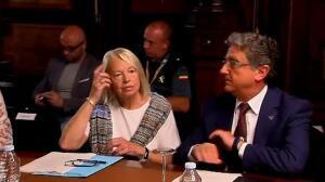 La vicepresidenta y el ministro de Exteriores se reúnen con los cónsules de los países afectados por el atentado