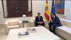 Rajoy recibe a Rivera para analizar la situación en Cataluña