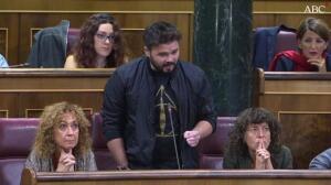 Rufián a Rajoy: «Saca tus sucias manos de las instituciones catalanas»
