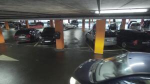 Esta es la demostración de que las columnas del parking se mueven