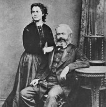 Karl Marx, junto a su mujer, en 1869