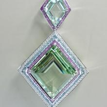 Colgante de Beliro verde transparente