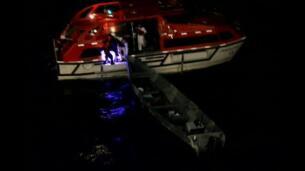 Rescatados dos pescadores que llevaban varias semanas a la deriva ffdf2289b5b